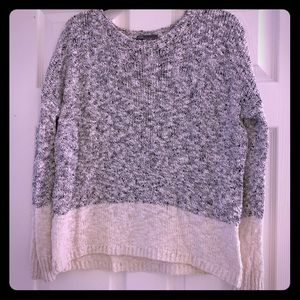 Vince Sweater / XS